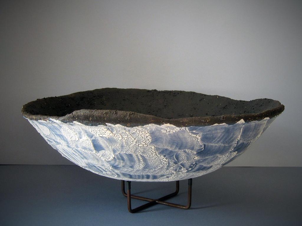 Aphrodite's nest vessel by Alenka Sekne