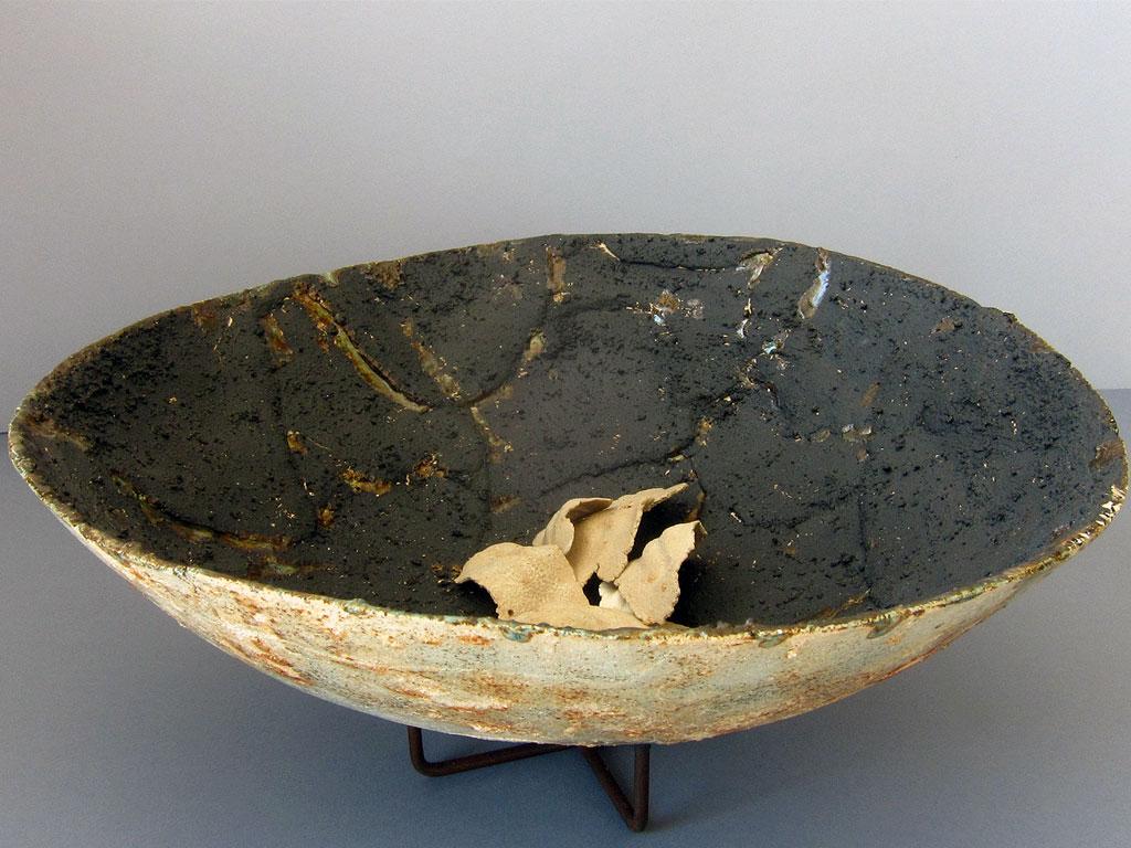 Fragments keeper vessel by Alenka Sekne