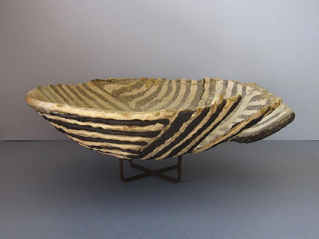 Open Nest vessel by Alenka Sekne